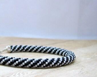 Black and White Bead Crochet Bracelet, Seed Bead Jewelry, Crocheted Bracelet, Crochet Beaded Bracelet