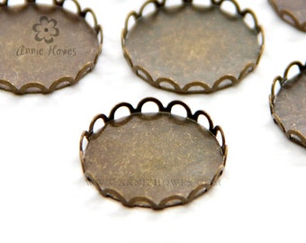 16mm Brass Settings in Lace Design Vintage Brass. AH16LACE