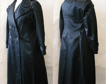Vintage BILL BLASS Satin Trench Coat / size 6 8 10  small / Double Breasted Belted / Neiman Marcus BOND Street 1970s Black