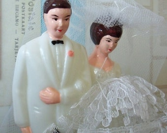 Bride and Groom / Vintage / Wedding Cake Topper / Love is Sweet / Sale / DIY / Bridal Shower Cake Decoration / Retro Charm / White Tuxedo