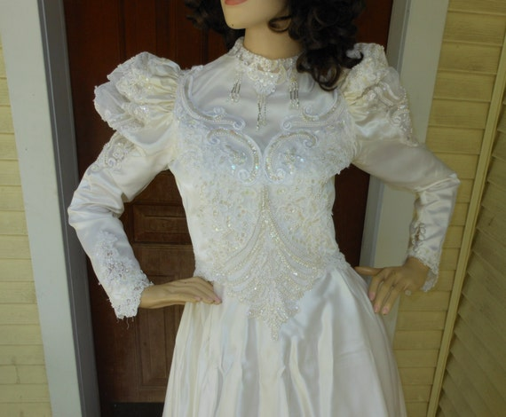 Vintage Wedding Costume Dress Puffy Sleeves Fairy Queen