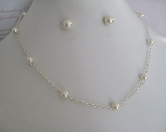 Bridal Jewerly Bridesmaids Pearl necklace Bridal Accessories Ivory Swavoski pearl necklace and earrings - Pearl Station Necklace