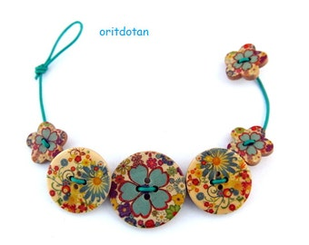 Bracelet button jewelry made of wood buttons colorful flowers in blue, red, yellow