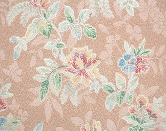 1920s Vintage Wallpaper by the Yard - Antique Floral Wallpaper with Pastel Flowers and Silver Accents on Peach