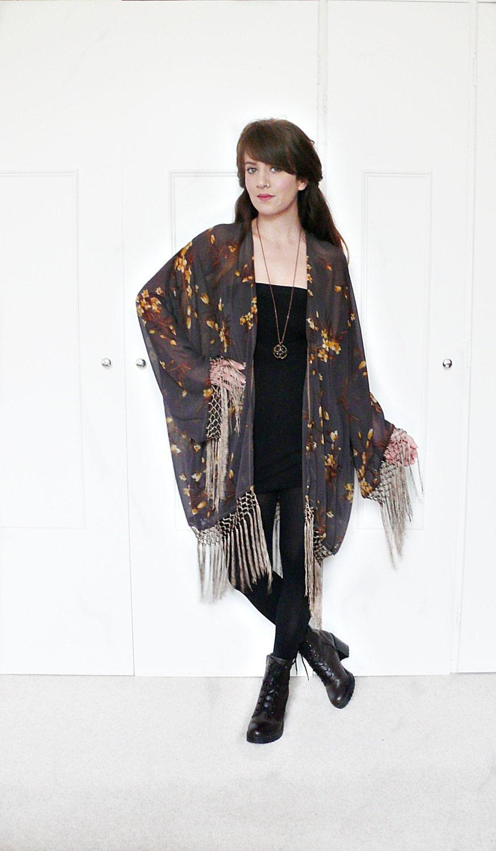 fringe kimono jacket boho kimonofringe kimonofloral. Black Bedroom Furniture Sets. Home Design Ideas
