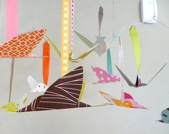 Modern baby mobile with flying birds, bird mobile, paper birds, CUSTOM