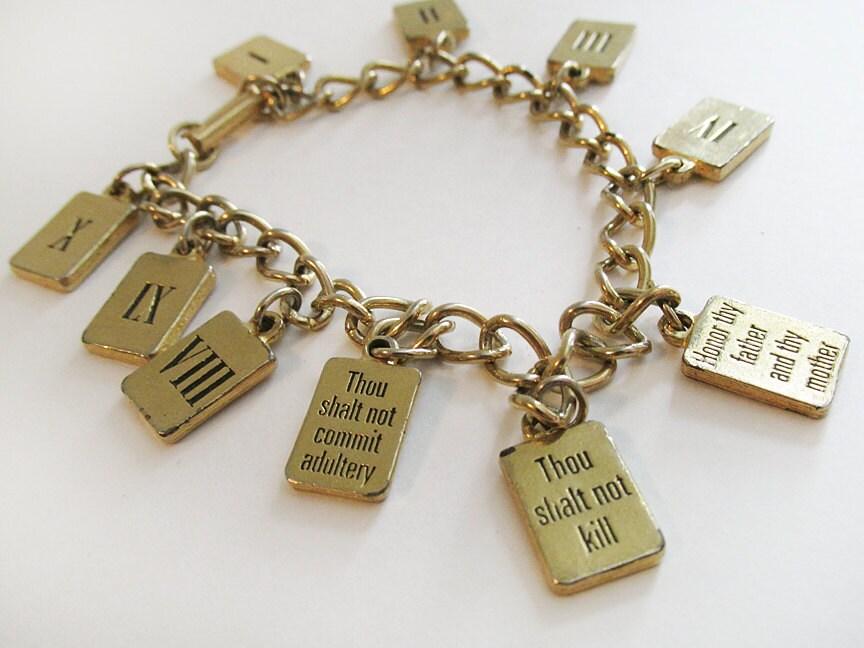 ten commandments charm bracelet vintage 70 s costume gold