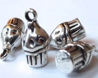 10 Cupcake Charms (3D) 7.5x14.5x7mm, Hole Approx 1mm ITEM:R6