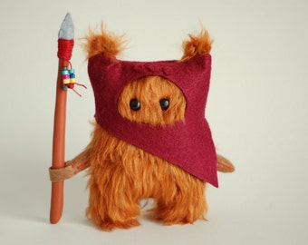 Star Wars Ewok Fur.12cm. Dark Red.