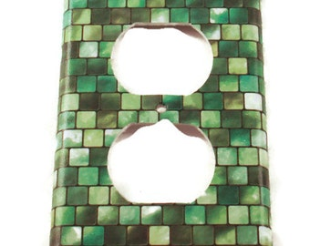 Light Switch Cover Wall Decor Switchplate Cover  Outlet  Switch Plate in Green Tiles (198O)
