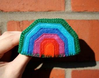 SALE: Geometric rainbow felt brooch Green / blue / mauve / red / orange