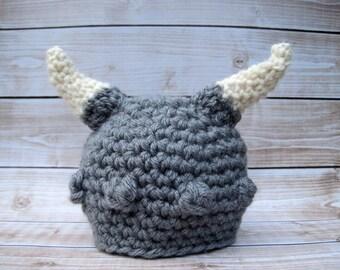 Grey Baby Viking Hat, Boy Baby Hat, Newborn Boy Halloween Hat, Baby Boy Prop, Baby Halloween Costume, Baby Warrior Hat, Newborn Boy Beanie