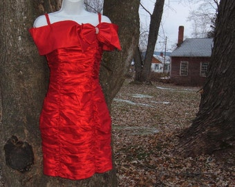 Christmas XS 80s Red Ruche Cocktail Party Dress Wiggle Prom Roberta Holiday Vintage Valentine's Day