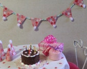 Dollhouse Miniature Happy Birthday Party Cake Hats Presents Bunting