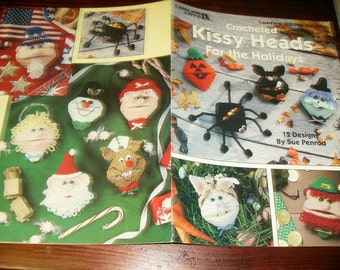 Crochet Patterns Leaflet Kissy Heads for the Holidays Leisure Arts 2220 Sue Penrod Pattern Leaflet