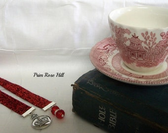 CROWN Bookmark CHRISTIAN red glitter ribbon with swarovski beads