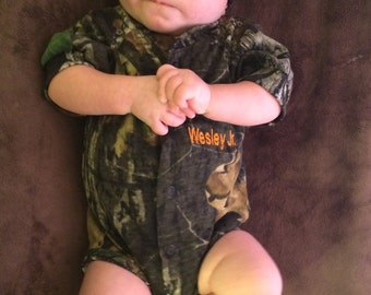 Personalized Mossy Oak Camo Camouflage 3PC Baby Infant Newborn Hunting Set coming home outfit Embroidery