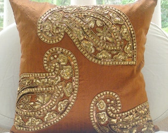 """Luxury  Orange Cushion Covers, Indian Paisley Traditional Antique Pillows Cover 18""""x18"""" Silk Pillows Covers For Couch - Traditional Paisleys"""