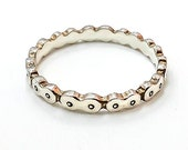 Bicycle Chain Ring 18K white gold