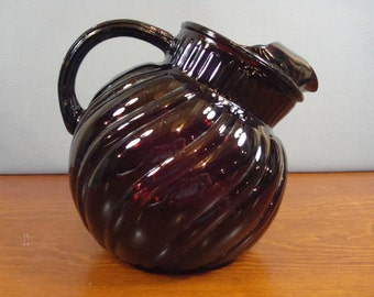 Beautiful vintage ruby glass pitcher- Anchor Hocking