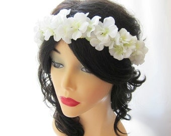Begonia flower wedding head piece, white flower head wreath, white bridal head piece, wedding hair accessory