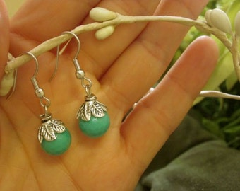 Sweet Chrysoprase and leaves.  Silver accented earrings. Great gift!