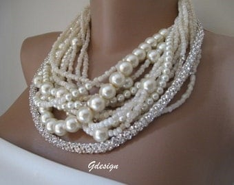 Chunky layered Pearl Bridal Necklace,   Wedding  Necklace.  Bridal Pearl Pendant, Bridal Pearl Necklace