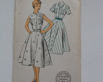 Vintage 50s Sleeveless or Short Sleeve Dress Pattern New York 1624 Size 18 Bust 36 UNCUT