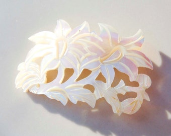Vintage Mother Of Pearl Flower Brooch