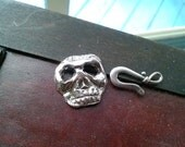 all hallows eve spooky skull silver clasp