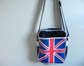 Union Jack Shoulder Sling // Vintage 90s Brit Pop Culture Purse // Faux Leather