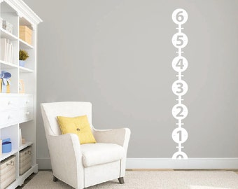 Children's growth chart wall decal DB336
