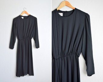 SALE // vintage '80s black sheer CHIFFON long sleeve PLEATED midi dress. size l.