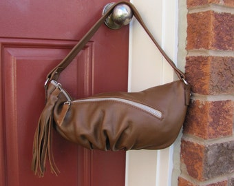 Oak tan leather purse, light brown shoulder bag, pleated bottom purse, bag with tassel - Ready To Ship