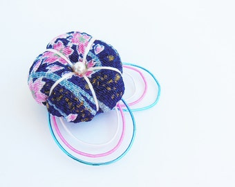 River Puff Sakura Chirimen Brooch Pin