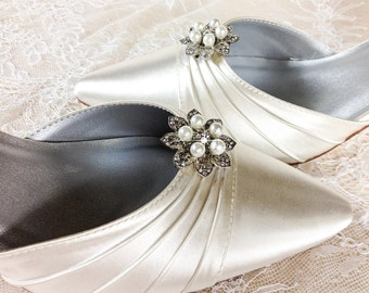 Bridal Shoe Clip, Crystal Shoe clip, Weddding Shoe Clip, Rhinestone Shoe Clip, bridesmaids Shoe clips, Shoe embellishments