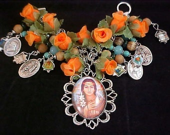 REDUCED~ HEAVENLY  Rose Garden~Saints Medals & Glass Beads Chunky Bracelet