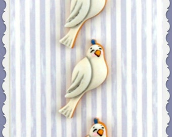 Doves Buttons Galore Novelty Designer Buttons 3 buttons on card