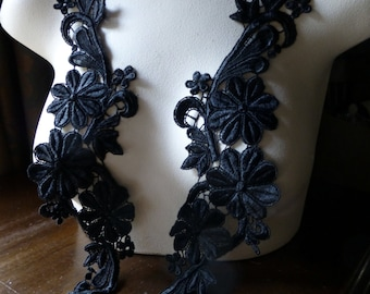 PAIR Black Lace Appliques in Black Venise Lace  for Bridal Sashes, Garments, Costumes PR 17