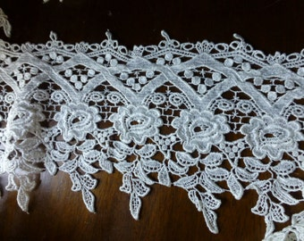 """REMNANT 2 yds, 20"""" Ivory Cream Venise Lace for Bridal, Couture, Garments CL 6053iv"""