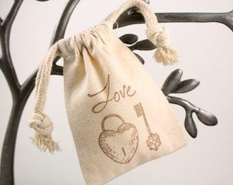Muslin Favor Bags - Love lock and key - Set of 10 - Weddings, Showers, Favors