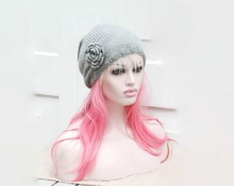 Bella oversized flower slouchy beanie hat