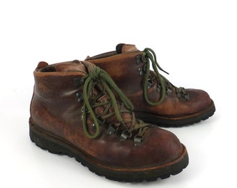 Hiking Leather Boots Vintage 1990s Danner Distressed Brown Lace up men's size 10