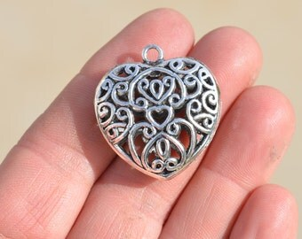 1 Silver Plated Puffed Heart Pendant SC2135