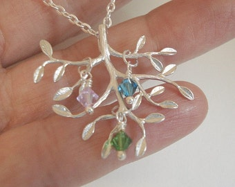 Birthstone Family Tree Necklace Mothers Necklace Tree of Life Necklace Birthstone Necklace Personalized Jewelry Mom Child Necklace