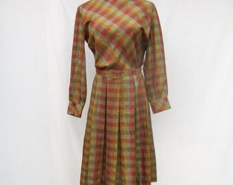 50% Off Sale 50s Cotton Day Dress size Small Pleated Plaid Dress LYNBROOK