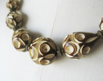 Carved Bead Necklace, Galalith, Beaded, Brown, Cream, 1930's, vintage jewelry, art deco, early plastic
