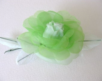 Vintage Millinery Flower Medium Light Green Rose Leaves Fabric Chiffon vml0029 (1)