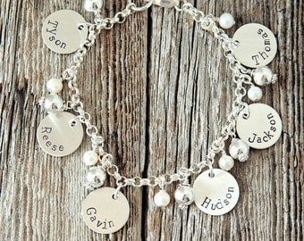 Grandma Charm Bracelet, Gifts for Grandma, Mothers Bracelet, Mothers Day Gifts, Mother Charm Bracelets