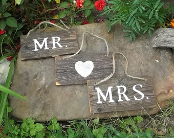 Rustic Wedding Decor - Mr and Mrs Wedding Signs with Heart - Photo Props